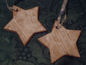 Gingerbread star Christmas ornaments on Adventures in Expat Land